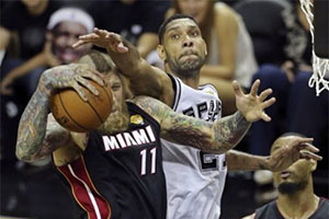 Chris Andersen and Tim Duncan